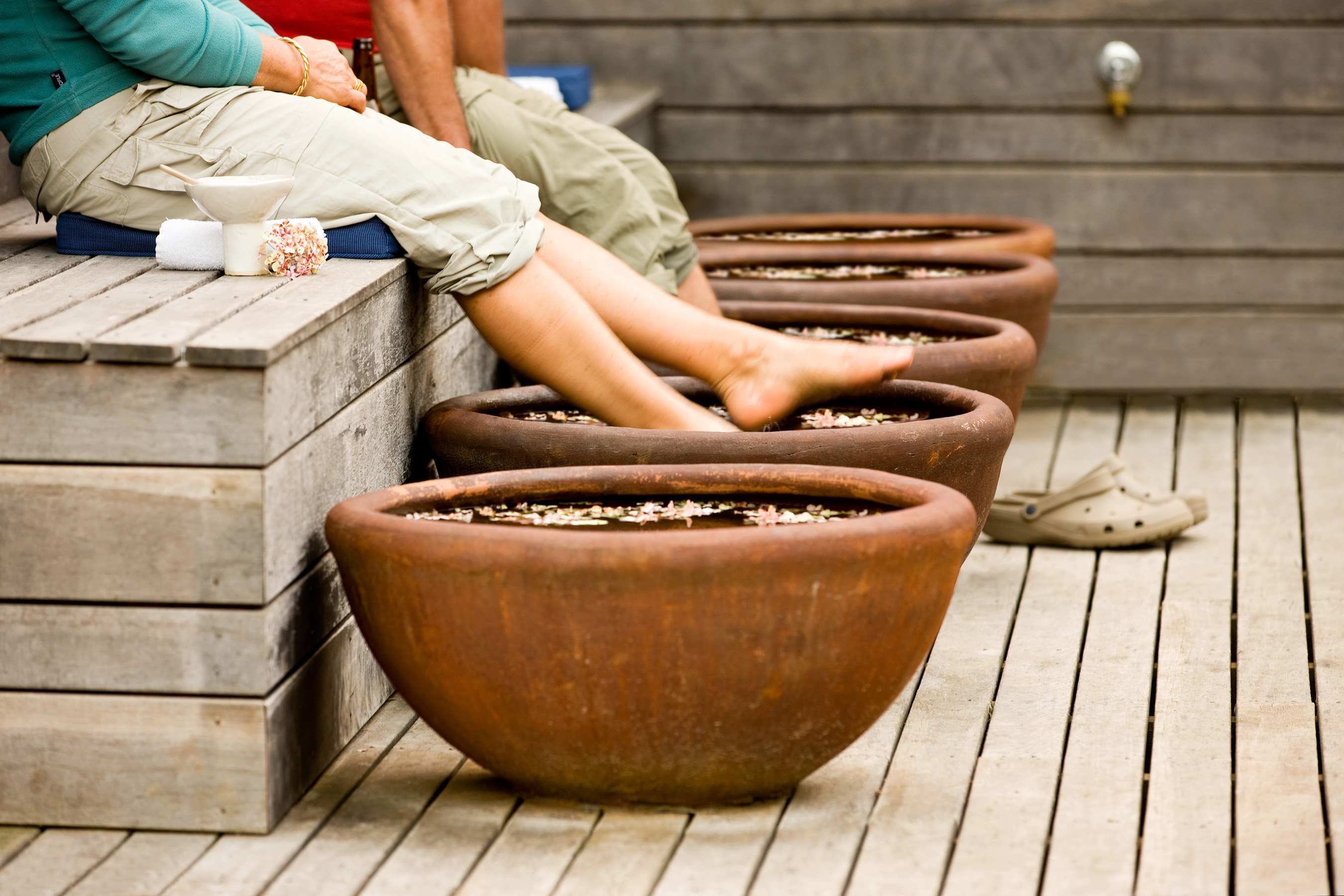 A relaxing foot spa after a day of hiking at the Twelve Apostles Lodge
